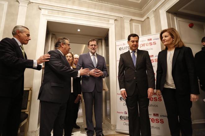 Mariano Rajoy, junto a Juanma Moreno, Juan Ignacio Zoido, Ana Pastor y...