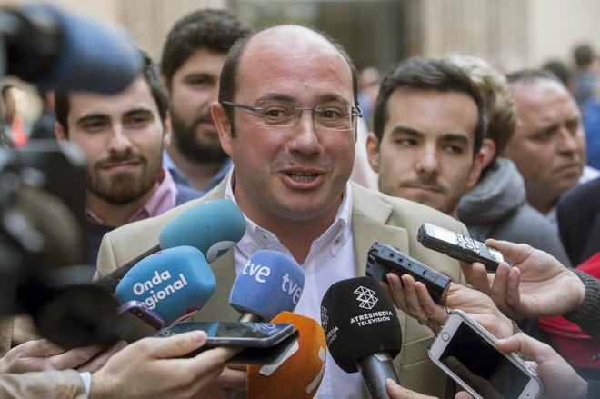 El presidente de Murcia, Pedro Antonio Sánchez, y único candidato a...