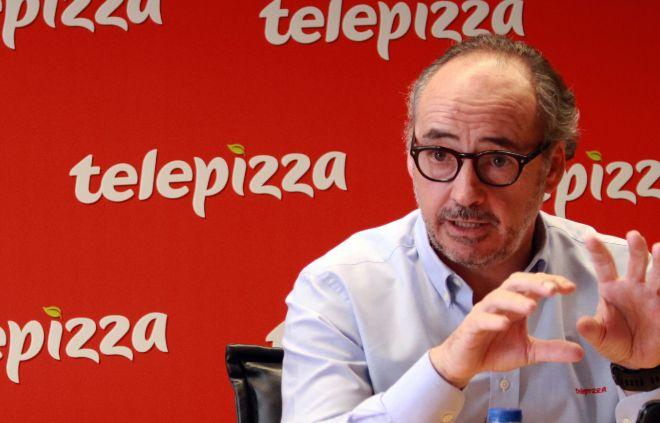 El presidente de Telepizza gana 800 veces más que un repartidor