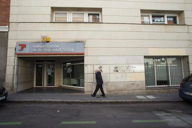 el imparable cierre de las oficinas de la seguridad social