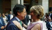 Esperanza Aguirre e Ignacio González, en la toma de posesión de...