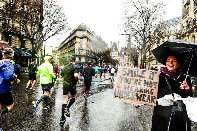 Cerca de 40.000 personas corrieron el Medio Maratón de París bajo...