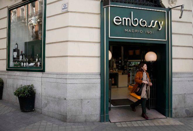 Embassy, salón de té emblemático de Madrid.