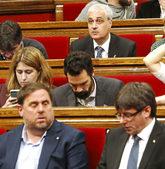 El ex consejero Gordó y, dos filas más abajo, Oriol Junqueras y...