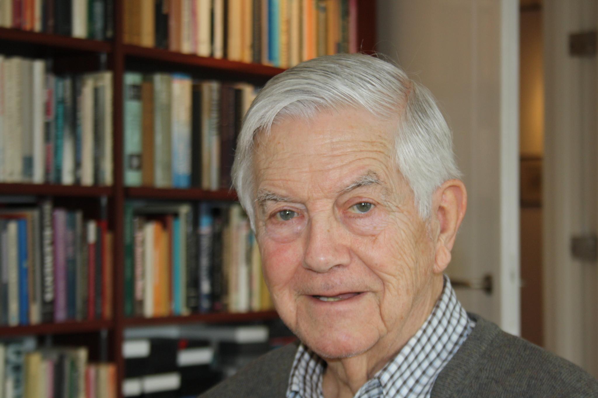 El ex secretario general de los liberales, ex ministro de Defensa y europarlamentario Frits Bolkestein.