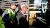 El ex tesorero de CDC, Andreu Viloca, acompañado por agentes de la...
