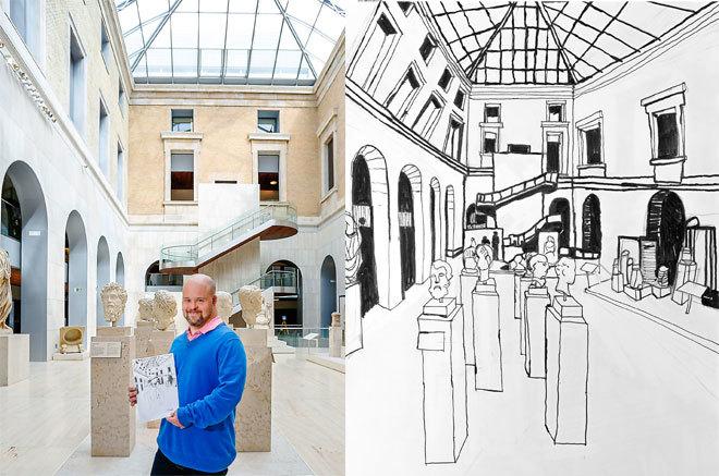 A la izquierda, Jorge Bermejo posa en el Patio Romano del Museo...