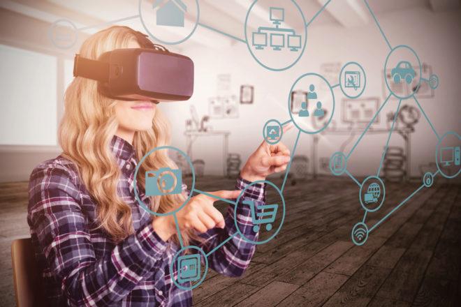 Cambiar de sexo, hacer la compra, comer fuera y otros usos de la realidad virtual que te dejarán a cuadros