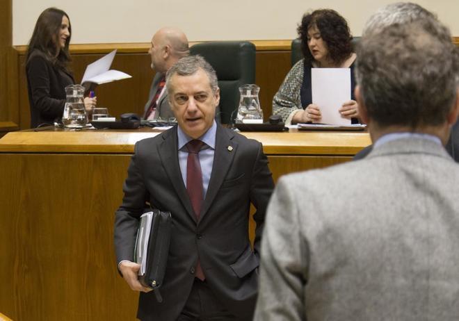 El jefe del Ejecutivo vasco, Iñigo Urkullu, en el Parlamento...