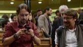El líder de Podemos, Pablo Iglesias, y el diputado de En Comú Podem,...