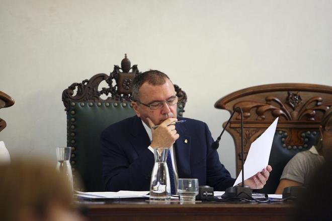 Carles Pellicer, durante un pleno en el Ayuntamiento de Reus