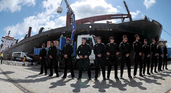 Miembros de los GEO en una operación desarrollada en 2012 que...