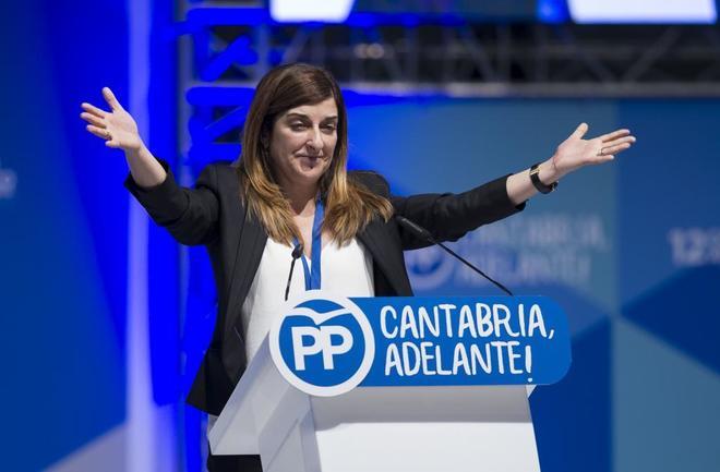María José Sáenz de Buruaga, tras proclamarse presidenta del PP en...