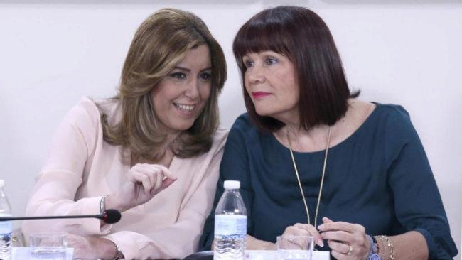 Susana Díaz y Micaela Navarro, durante una reunión de la junta...
