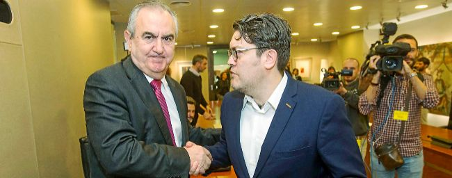 Los portavoces de los grupos parlamentarios del PSOE y de Ciudadanos...