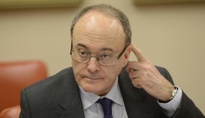 El gobernador del Banco de España gana un 1,54% más en 2016, hasta los 186.800 euros