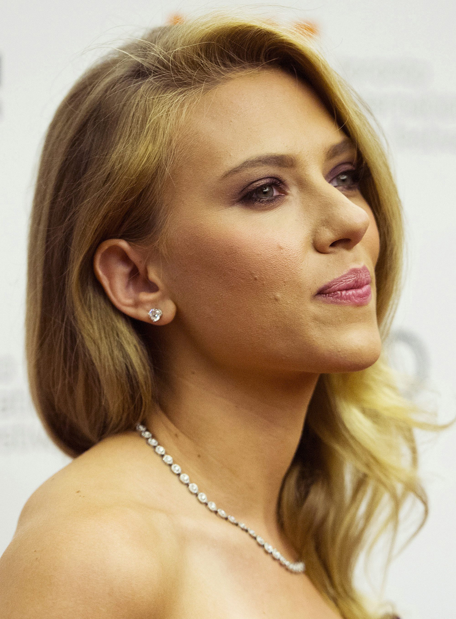 Scarlett Johansson - 2013