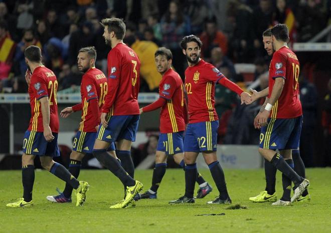 jugadores jovenes españoles