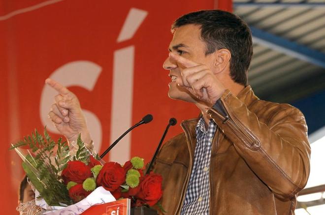 Pedro Sánchez, durante su intervención en el acto con simpatizantes celebrado en Gijón.