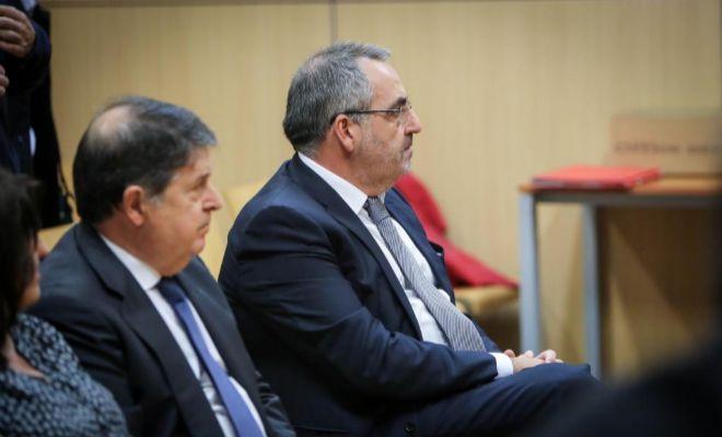 El expresidente de Bancaja y de la Generalitat, José Luis Olivas, y el empresario Vicente Cotino, juzgados por delitos contra Hacienda y falsedad documental.