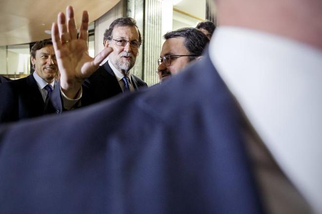 El presidente del Gobierno, Mariano Rajoy, esta mañana en el...