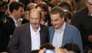 Alfredo Pérez Rubalcaba, con José Luis Rodríguez Zapatero en el...