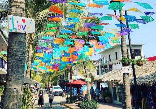 Una de las calles de Sayulita, situado en México.