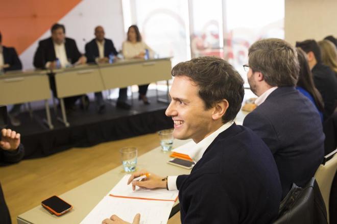 Albert Rivera, sonriente durante una reunión del Consejo General de...