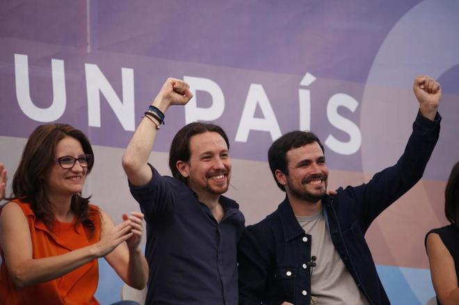 Mónica Oltra, Pablo Iglesias y Alberto Garzón en el acto de cierre...