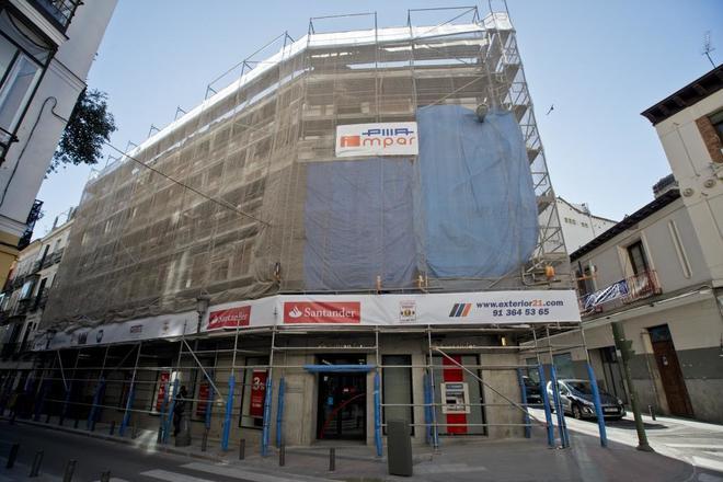 La comunidad de madrid aprueba 31 1 millones para ayudas for Edificio de la comunidad de madrid