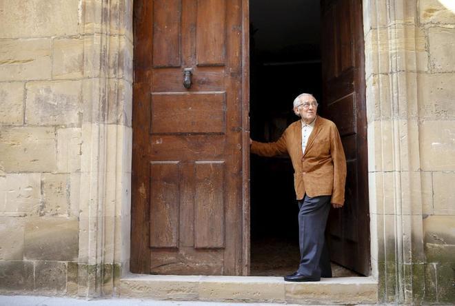 Gustavo Bueno, en 2014, días antes de cumplir 90 años, en su casa de...