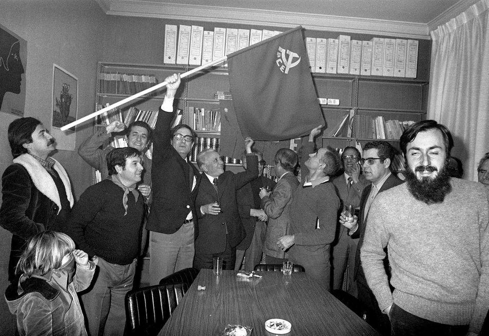 Militantes y dirigentes del PCE, entre ellos Ramón Tamames e Ignacio...