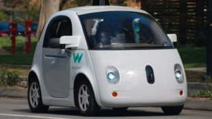 Google y Uber se la juegan con los coches autónomos