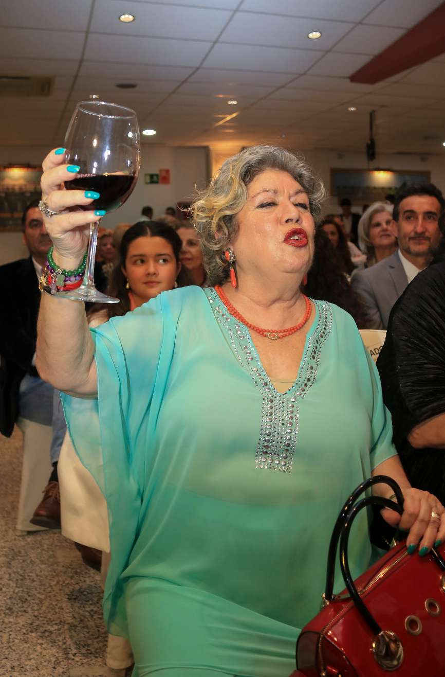 La cantante María Jiménez de 67 años reapareció en público ayer...