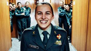 Mujeres de sangre verde: así son las guardias civiles