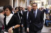 El ex ministro Eduardo Zaplana se dirige a la capilla ardiente de...