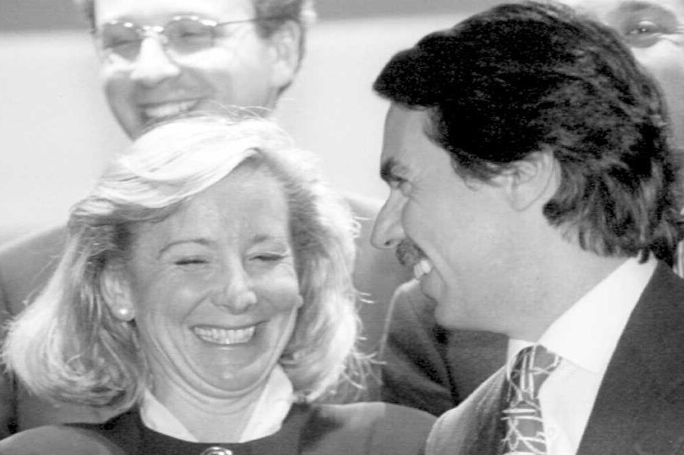 Esperanza Aguirre y el aspirante a la presidencia del Gobierno, José...
