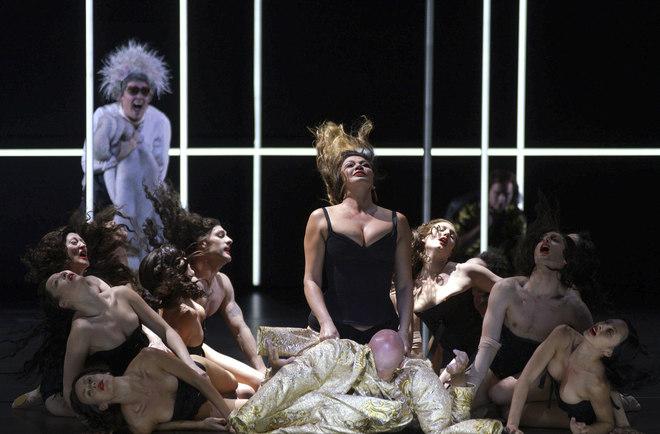 Sexo, ópera, perversiones