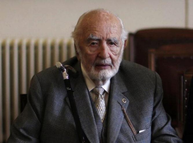 Agustín Edwards Eastman, dueño del diario El Mercurio, en octubre de...