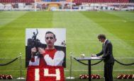 Van der Sar, en el Amsterdam Arena, tras la muerte de Cruyff en marzo de 2016.