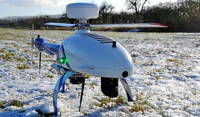 Un dron de High Eye, que incorpora la tecnología desarrollada por UAVNavigation.