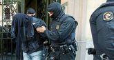 Uno de los detenidos en la operación llevada acabo el martes en...
