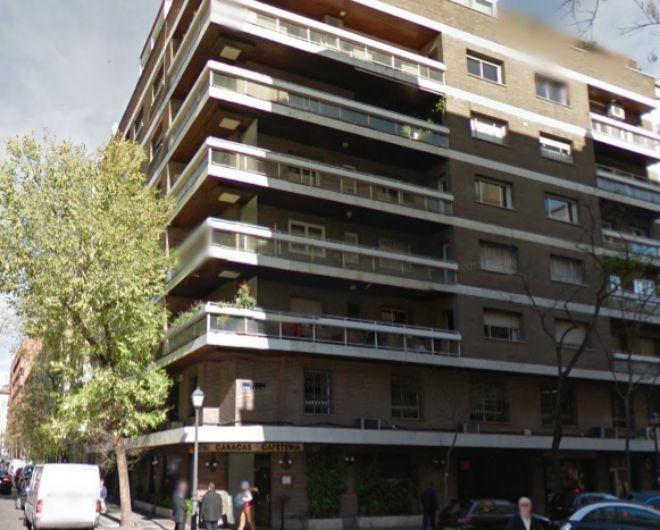 As es c mo alfonso diez saca beneficio a la herencia de for Apartamentos baratos en sevilla por dias