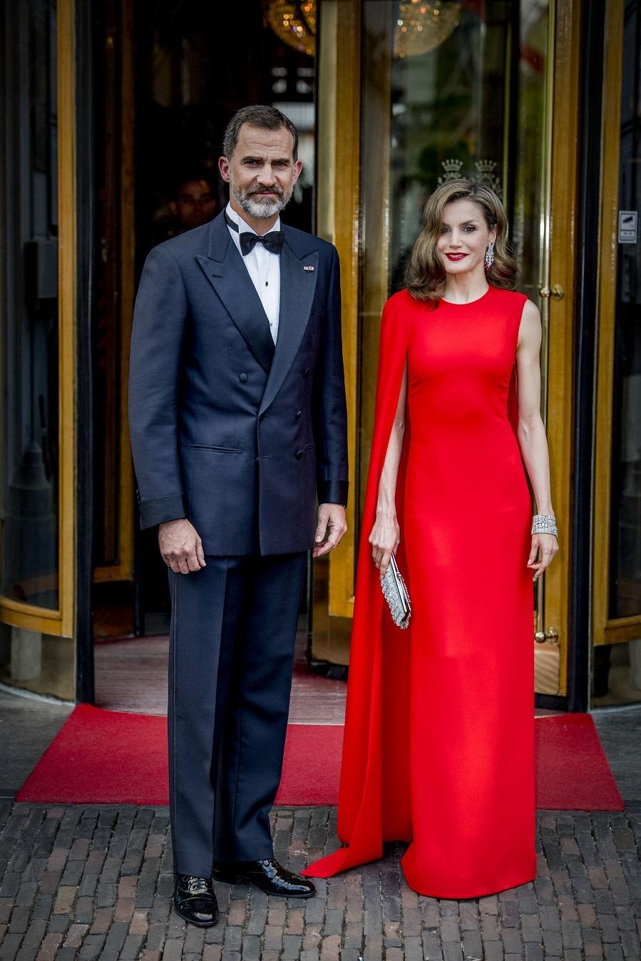 Los Reyes, Felipe y Letizia, han acudido a la fiesta de 50 anivesario...