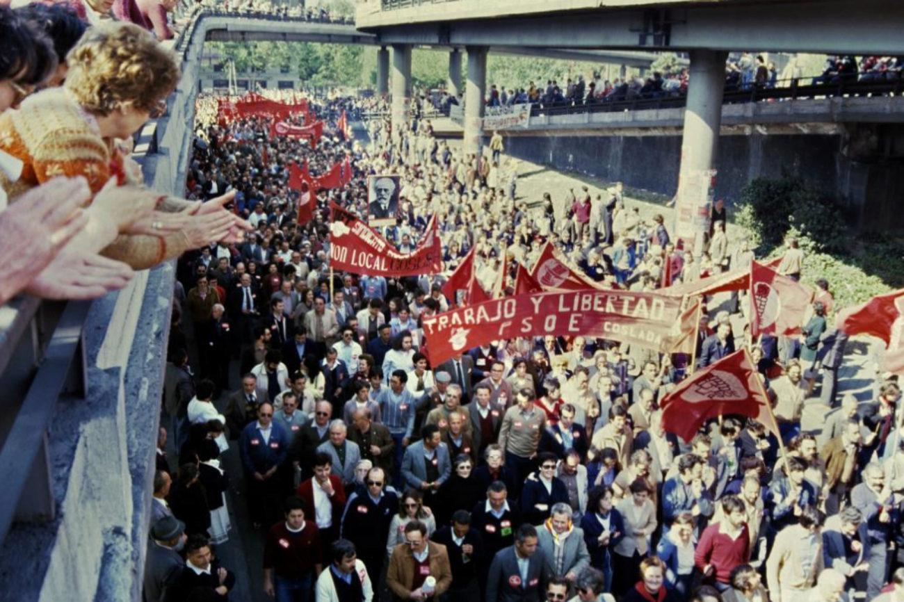 En el año 1982, una parte de la manifestación en Madrid discurrió...