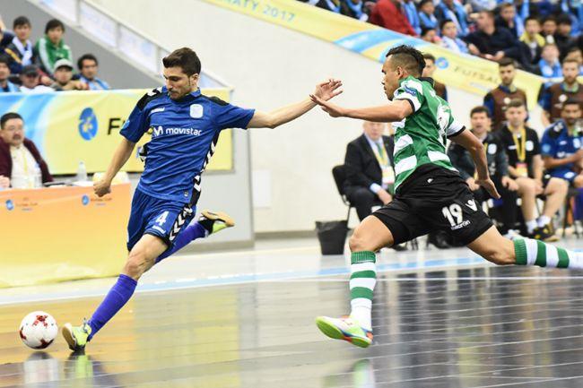 Lolo anotó el segundo gol del encuentro con un gran disparo.