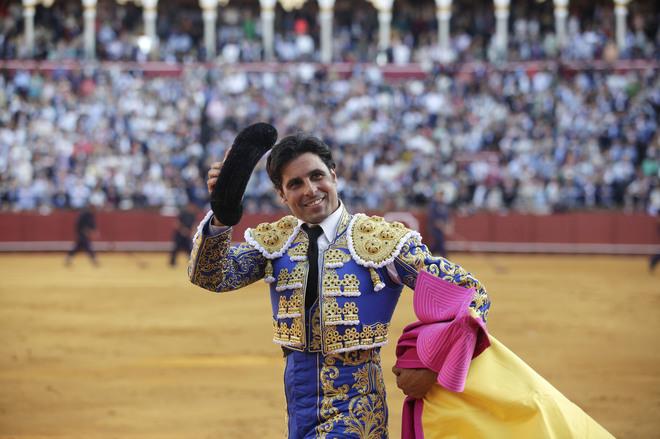 Vuelta al ruedo de Francisco Rivera en la tarde de su adiós a Sevilla