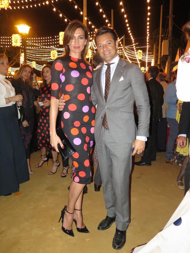 La modelo Nieves Álvarez y José Carlos García (de Bodegas Marqués...