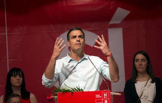 El candidato a la Secretaría General del PSOE, Pedro Sánchez, ayer...
