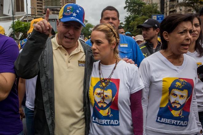 El presidente de la Asamblea Nacional Julio Borges y Lilian Tintori.